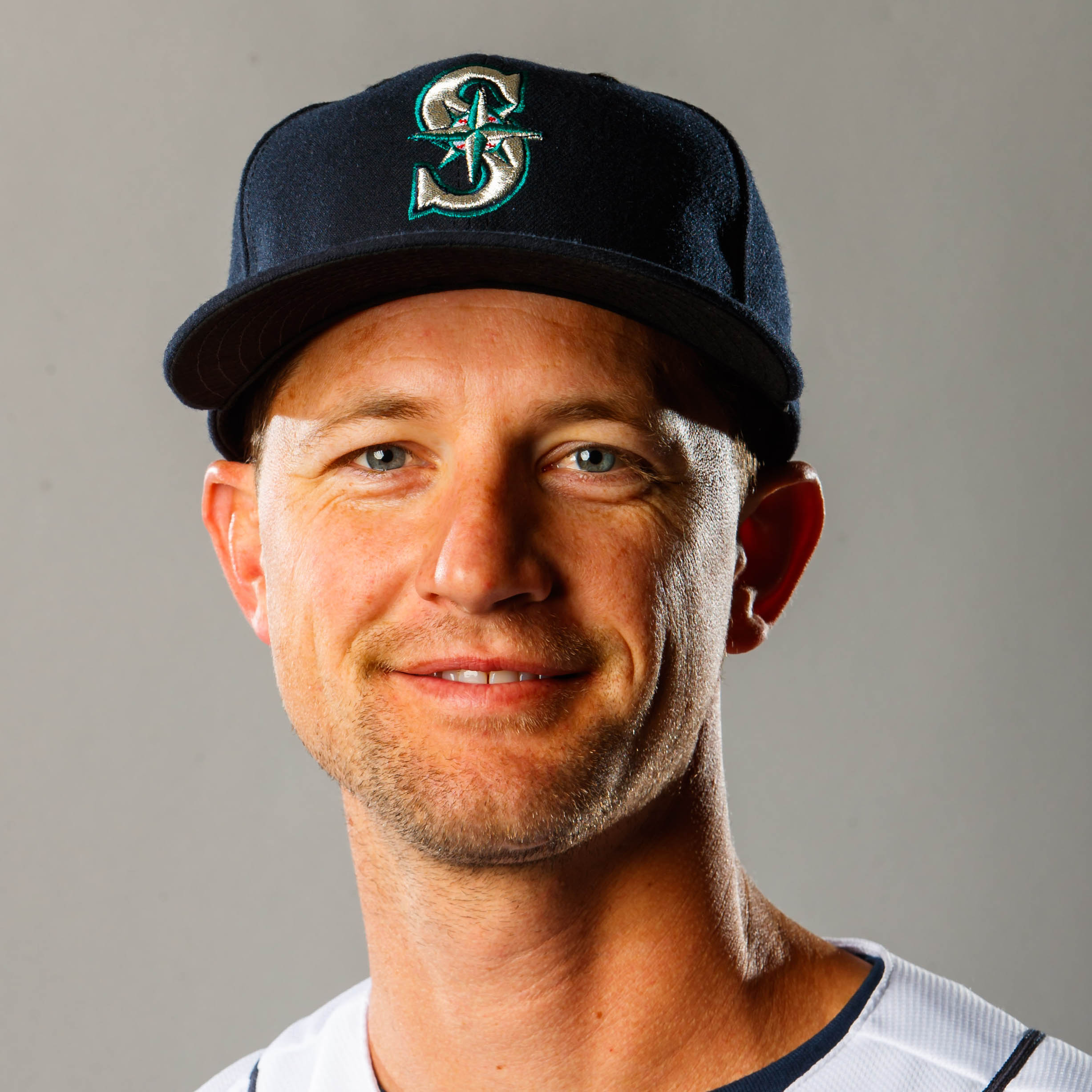 Mike Leake Headshot
