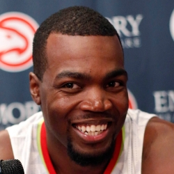 Paul Millsap Headshot