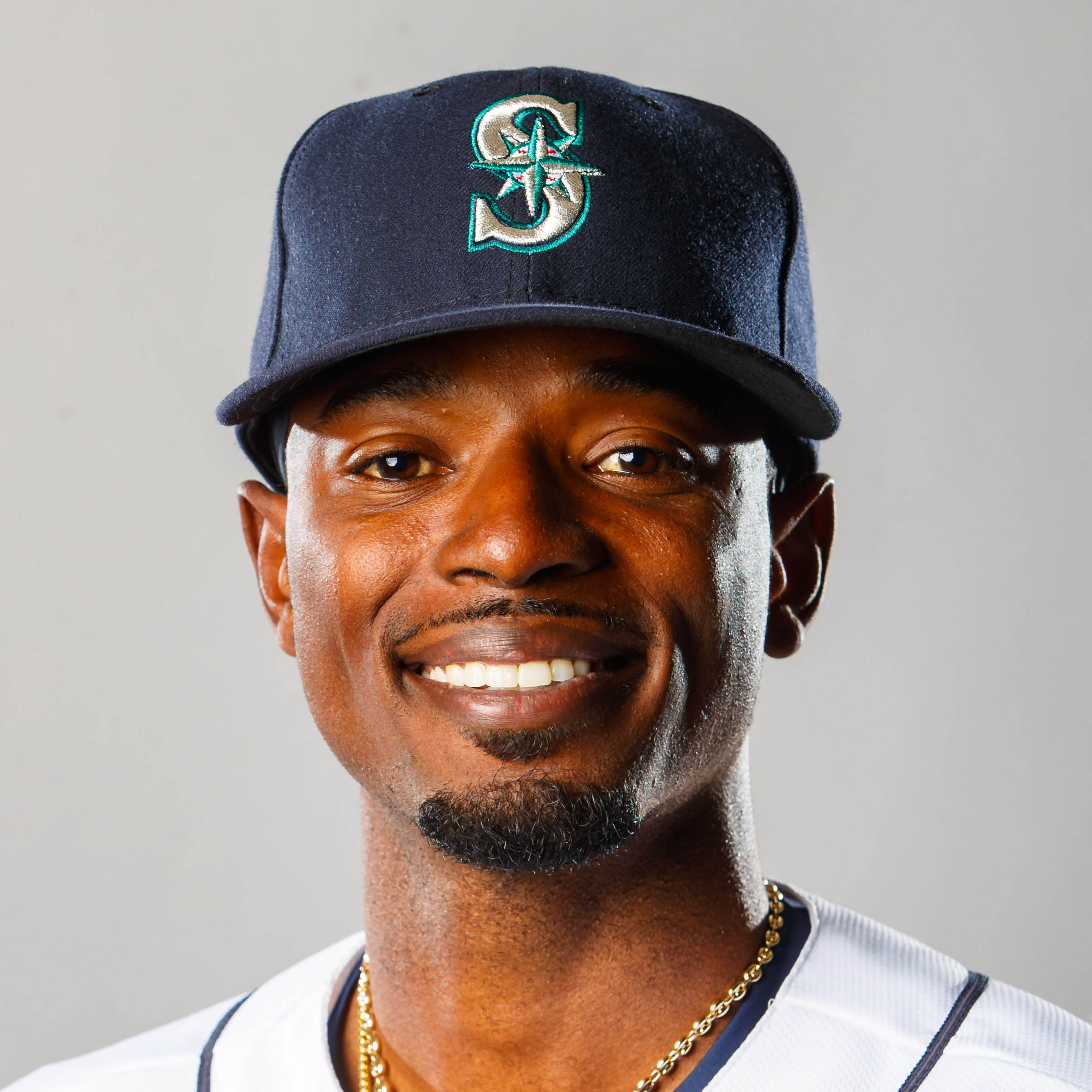 Dee Gordon (L) Headshot