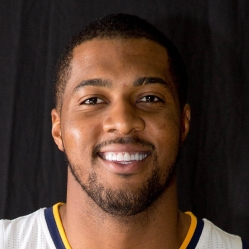 Derrick Favors Headshot