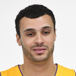 Larry Nance Headshot