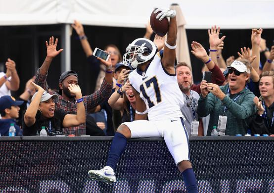 2017 NFL Fantasy Football Red Zone Report: Week 10 Cover Image