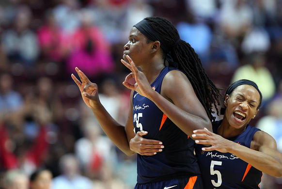 DFS WNBA Playbook & Optimal Lineups: August 5