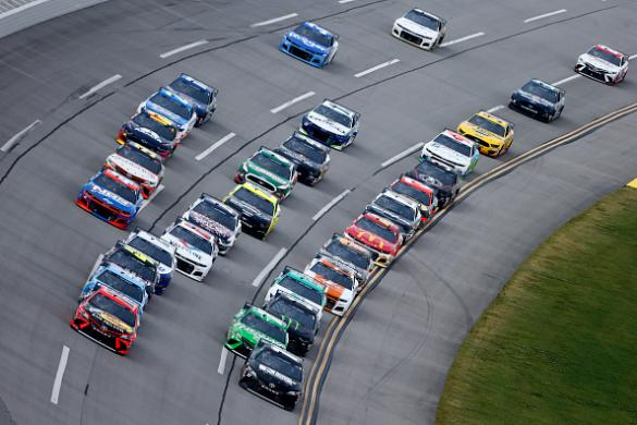 NASCAR DFS: YellaWood 500 Playbook
